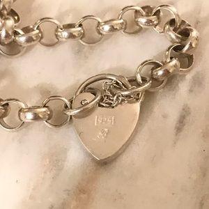 Jewelry - Sterling silver heart lock bracelet